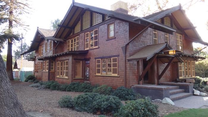 Jeanie Reeves House - Craftsman
