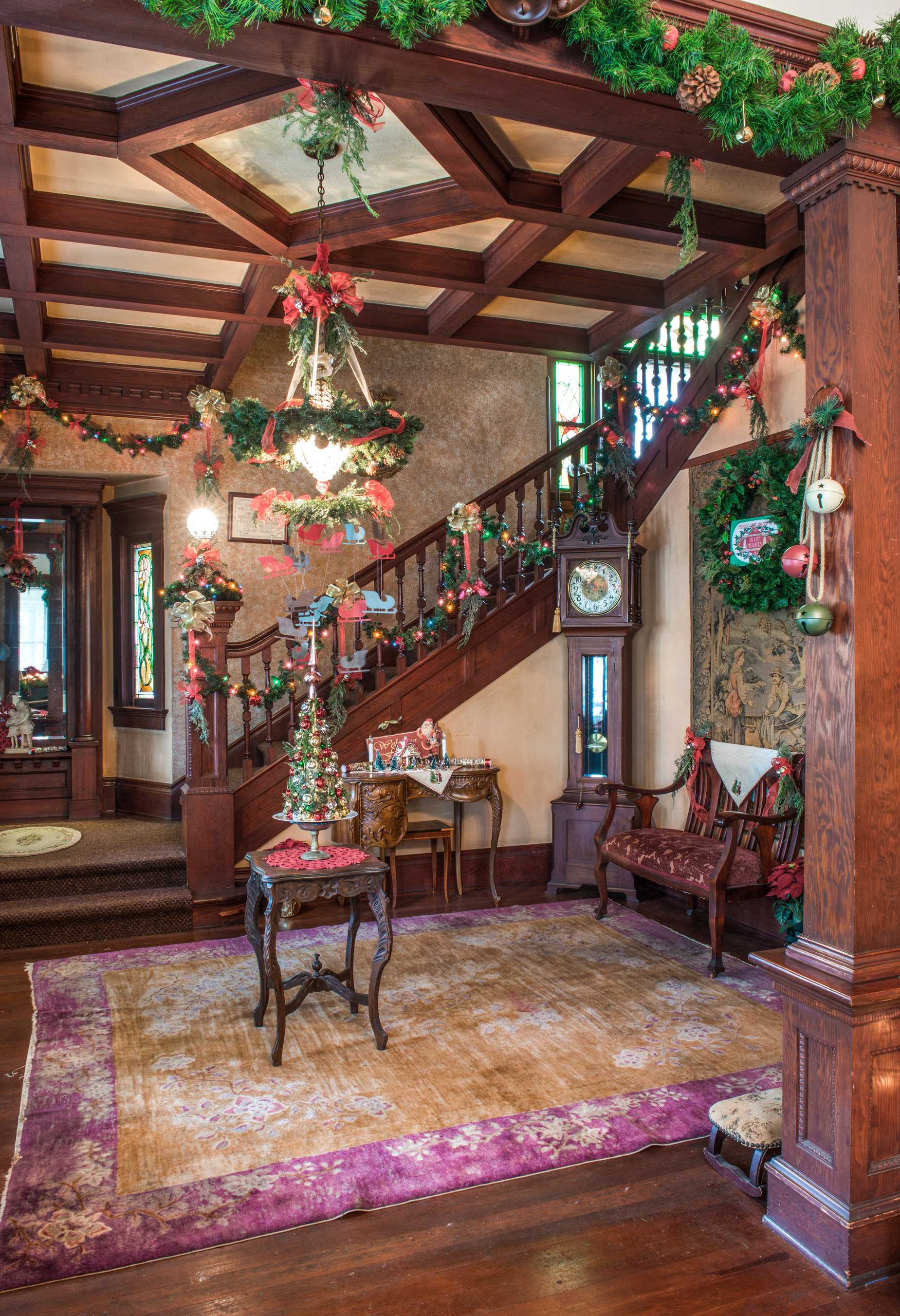 Victorian christmas long beach heritage - What is a victorian house ...
